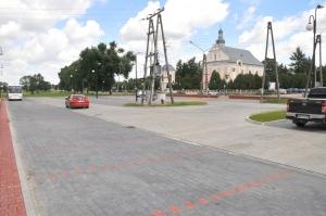 Parking i plac zabaw w Zakrzewie
